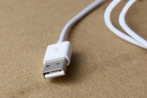 5 основных причин, почему не заряжается телефон и как решить проблему - изображение