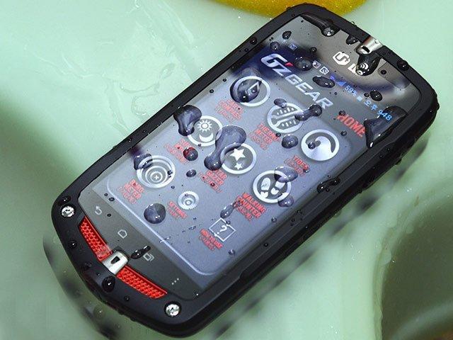 Casio G'zOne CA-201L – новый «бронебойный» смартфон  - изображение