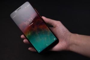Обзор UMIDIGI S2 - долгоиграющий и стильный смартфон - изображение