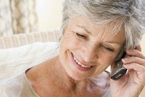 Подбираем телефон для пенсионера - бабушки и дедушки  - изображение