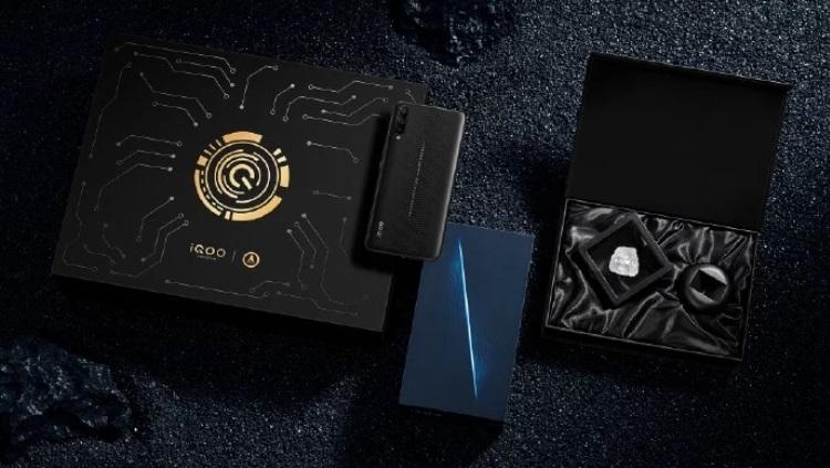 Дороговизна Vivo iQoo Space Knight Limited Edition: кусочек космоса в кармане - изображение