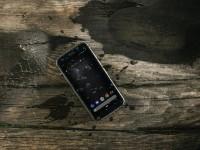 Новый защищенный смартфон Caterpillar Cat S52 - изображение