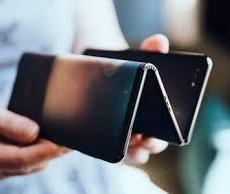 Компания TCL работает над созданием гибрида смартфона и планшета
