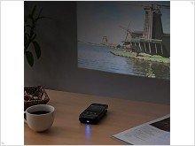 Sanwa 400 - projector for iPhone 4 - изображение