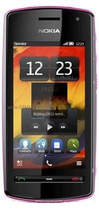 Фото Nokia 600
