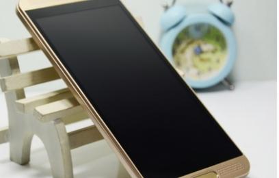 Обзор VK World VK800X - бюджетный телефон с флагманским дизайном - изображение